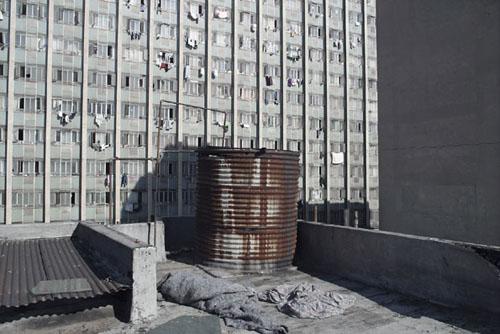 Tayob Towers, Pritchard Street, Jo'burg series © Guy Tillim, Galery Michael Stevenson